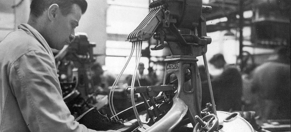 Overhaalmachine van de afdeling zwikkerij van de schoenfabriek van Robinson (1950)
